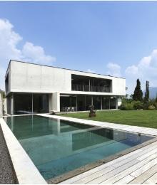 Voorbeeld ingebouwd zwembad